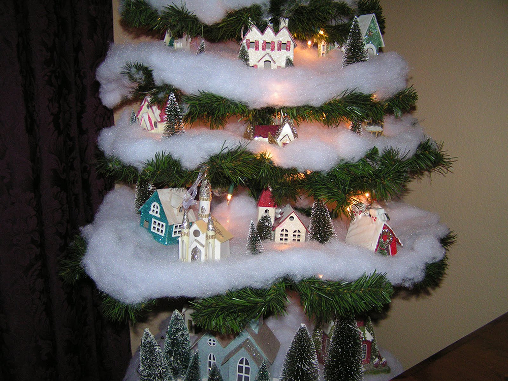 village tree decor