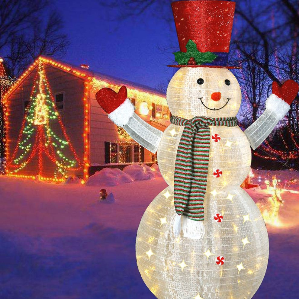 Christmas 2020.The Most Glamorous Christmas Outdoor Decorations 2019 2020